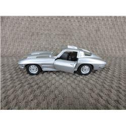 1963 Corvette Maisto 1/38