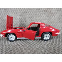 1963 Corvette Stingray Revell 1/24