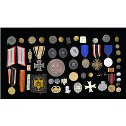WWI & WWII GERMAN MEDALS, BADGES & VARIOUS