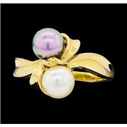 14KT Yellow Gold Ladies Black and White Pearl Ring