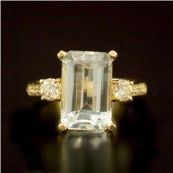 14K Gold 4.33ct Aquamarine and 0.50ct Diamond Ring