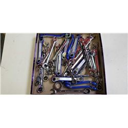 TRAY OF WRENCHES