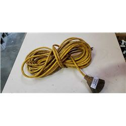 TRIPLE OUTLET EXTENSION CORD
