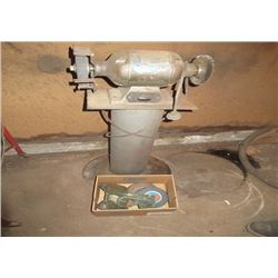 1/2 HP Bench Grinder On Stand