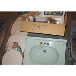 Sink, Toliet Seats, & Ceiling Fan