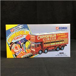 CORGI CLASSIC'S CHIPPERFIELD'S CIRCUS AEC POLE TRUCK (INCLUDES REPLICA POSTER)