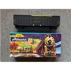 "VINTAGE ATHEARN HO Scale Rail Box 50"" Box Car"