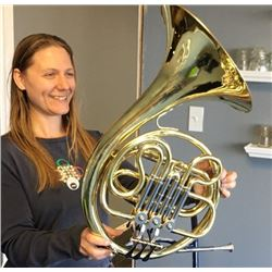 Jupiter Single French Horn, with mouthpiece and case