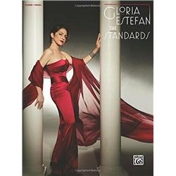 Gloria Estefan: The Standards - Piano/Vocal/Guitar - Book
