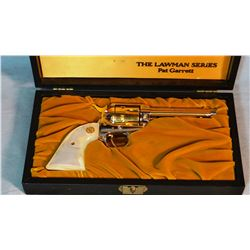 """Colt SAA Frontier Scout, .22 LR, Lawman Series, Pat Garrett, gold plated, pearl grips, 4 3/4"""", sn: 1"""