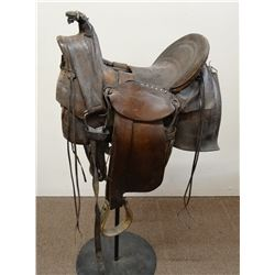 Moran Bros (Miles City, MT)loop seat slick fork saddle, square skirts, good marks