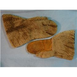 Stage Coach driver mittens, shearling w/leather palms, lined w/felt and quilted, ca. 1890's