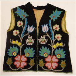 Blackfeet floral beaded vest, hook & eye closers, ca 1890-1900
