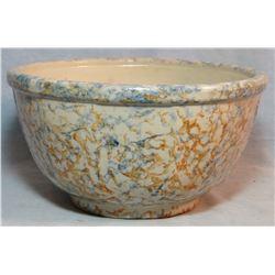 Red Wing 9  spongeware bowl, near mint
