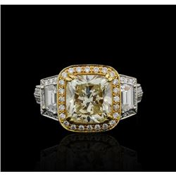 6.06 ctw Diamond Ring - 18KT White and Yellow Gold