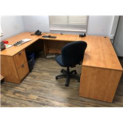 U-SHAPE DESK, 2 BOOKCASES, AND 3 CHAIRS