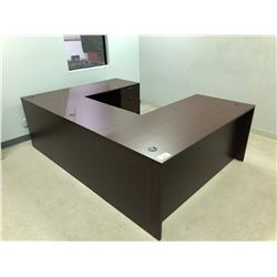 U-SHAPE DESK WITH HUTCH AND CHAIR