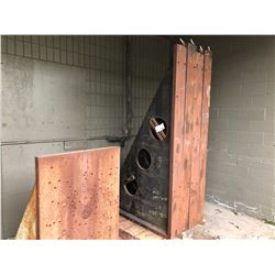 2 PALLETS OF ANGLE PLATES