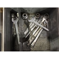 LOT OF ASSORTED SIZE WRENCHES, HEAVY DUTY SOCKETS