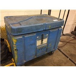 BLUE  MOBILE INSULATED TUB