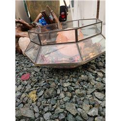 Leaded Glass Atrium & Himalayan Salt Crystal Cat B