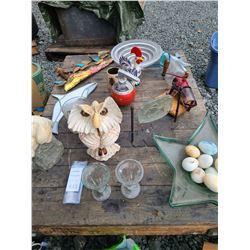 Decor & Antique metal & glass coffee grinder Cat A