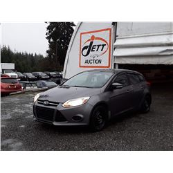B1 --  2014 FORD FOCUS SE , Grey , 163416  KM's