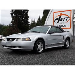 B5 --  2001 FORD MUSTANG CONVERTIBLE , Silver , 258840  KM's
