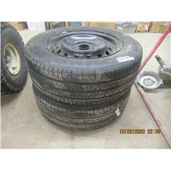 KUMHO 215/65R16 - 2 Tires & Rims