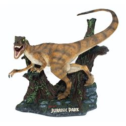 Jurassic Park – CinemaCast by Kenner Limited Edition Velociraptor Statue - A871