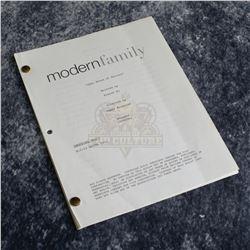 Modern Family (TV) - Production Script – A547