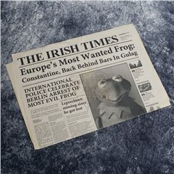 """Muppets Most Wanted – """"The Irish Times Newspaper"""" Featuring Kermit The Frog – A827"""