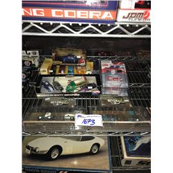 ASSORTED NEW IN PACKAGING TOY CARS (GREENLIGHT, HOT WHEELS)