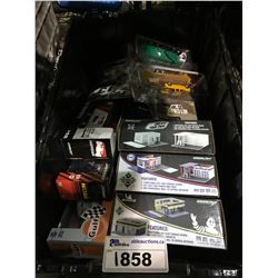ASSORTED NEW IN PACKAGING TOY CARS & GAS STATIONS/ GARAGE (GREENLIGHT) (BIN NOT INCLUDED)