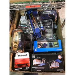 BOX OF GREENLIGHT & ASSORTED MODEL CARS