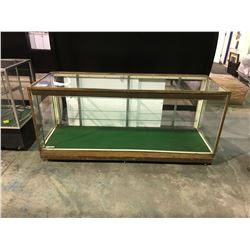 GLASS DISPLAY CASE