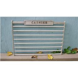 Decorate or use CASHIER metal old gate like new - décor grille de caissier pour payer à la caisse