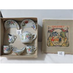 Vintage Childs Tea Set In Original Box