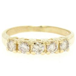 Classic 14kt Yellow Gold 0.75 ctw Diamond Wedding Band
