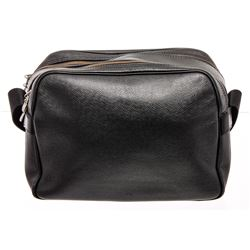 Louis Vuitton Black Taiga Leather Reporter Bag