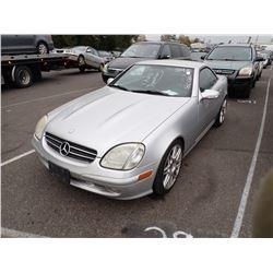 2002 Mercedes-Benz SLK320