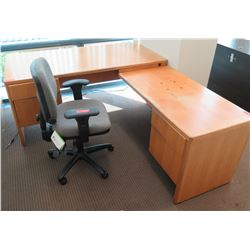 Wooden 'L' Shaped Desk w/ Drawers & Rolling Office Chair
