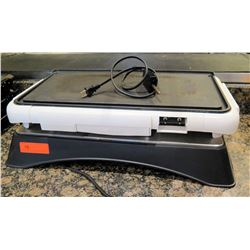 Electric Griddle w/ 2 Electric Flat Tops