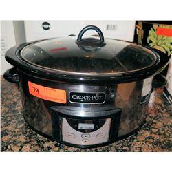 Crock Pot Slow Cooker w/ Lid