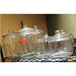 Qty Approx. 5 Glass Food Storage Containers w/ Lids