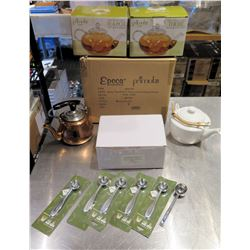 Qty 2 Primuls 40 oz Tea Pots in Box, Loose Teapots, Glassware, Utensils, etc