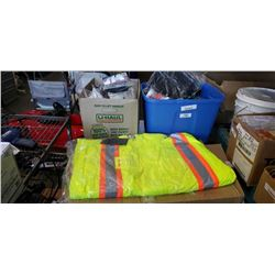 New 5XL high vis jacket and tote with box of gloves and knee pads