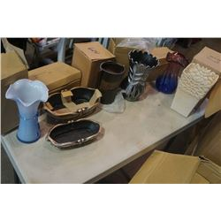 LARGE BOX OF NEW VASES