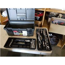 RUBBERMAID TOOLBOX WITH SOCKETS