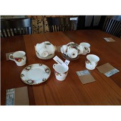 COUNTRY ROSE MUGS, VAL DOR, CELEBRATION, OLD COUNTRY ROSE - 2 CRACKED LOT OF ROYAL ALBERT TEACUPS AN